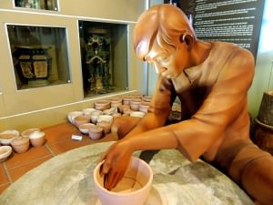 Statue of a potter - Museum of Ho Chi Minh City